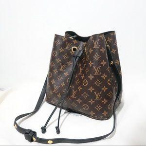 Louis Vuitton 10 x 9 x 11 Black